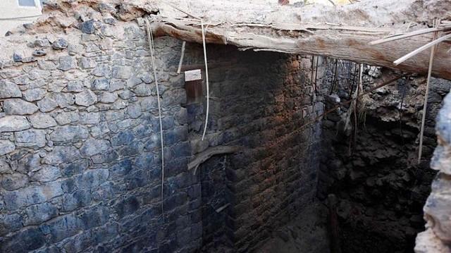 4295 1400 years old Uthman bin Affan well in Madina that still flows water 01