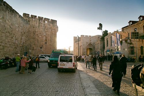 israel jaffagate jerusalem omarbenelhatabstreet towerofdavid fortress sunset theoldcity urbanlandscape башнядавида иерусалим израиль старыйгород яффскиеворота городскойпейзаж закат крепость ירושלים ישראל