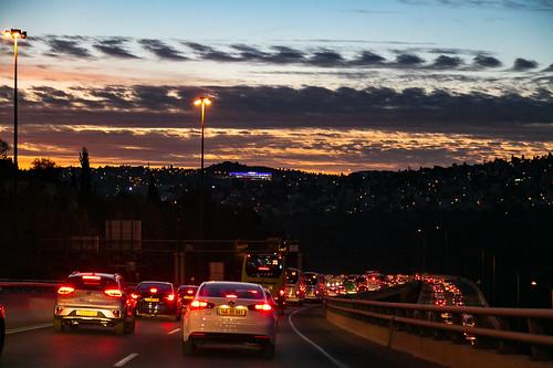 israel jerusalem bigcitylights evening road sunset trafficjam urbanlandscape иерусалим израиль вечер городскойпейзаж дорога закат огниночногогорода пробки ירושלים ישראל jerusalemdistrict