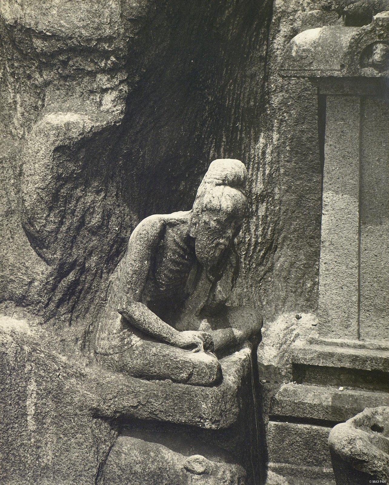 Мамаллапур (рельеф «Аскет в медитации»)