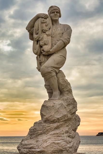 La Statue de Calendal à Cassis - 1L8A8872