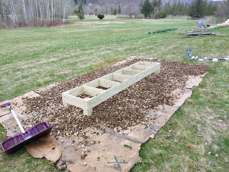Placing the Wood Chips
