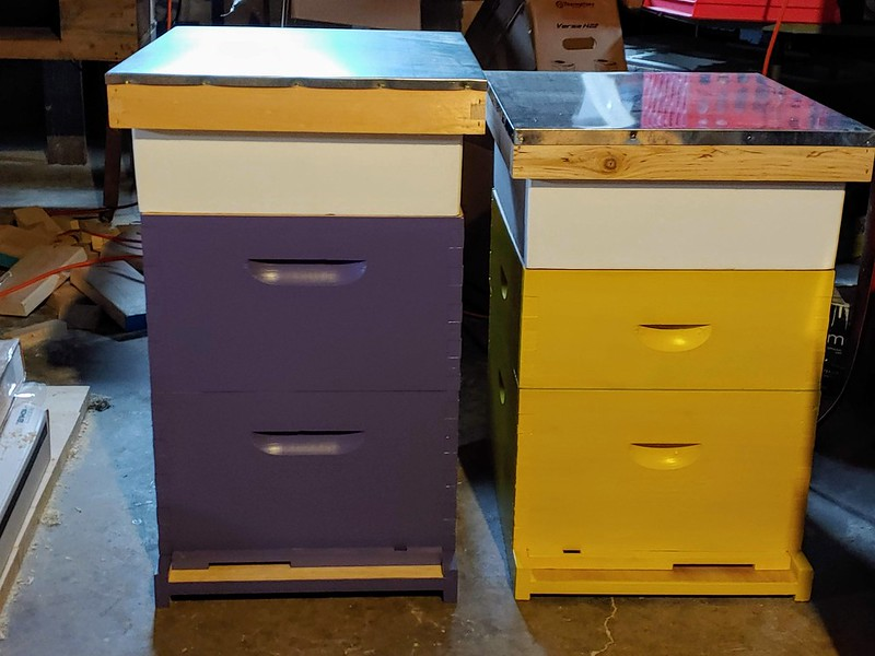 Beeboxes, Feeders still need to be painted