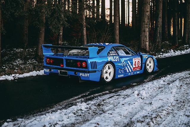 1987-Ferrari-F40-LM-_1