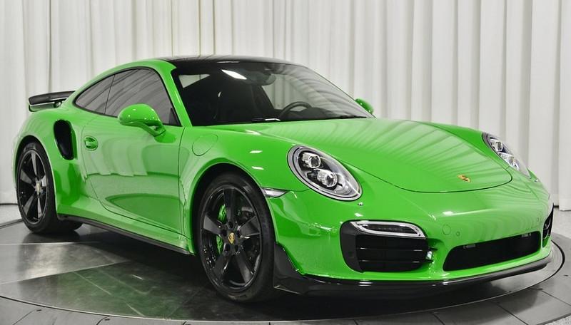 Porsche-911-Green-30