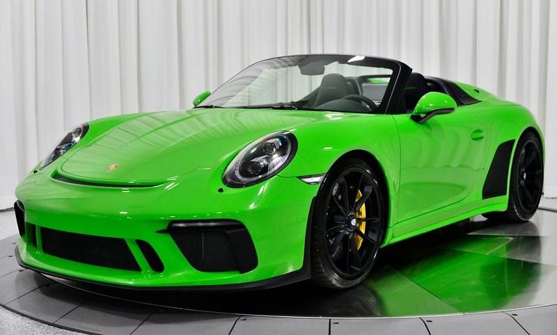 Porsche-911-Green-3