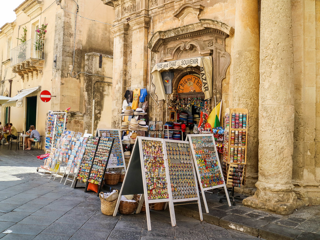 Tienda de souvenirs en Noto en Sicilia