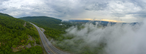 aerial drone dji mavic pro2 sequatchiecounty tennessee tn hensongap highway111 fog sequatchievalley valley gap gorge sunset highway clouds overcast forest green blue