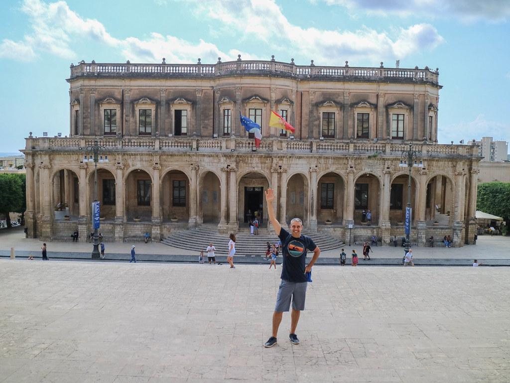 El Ayuntamiento o Palazzo Ducezio