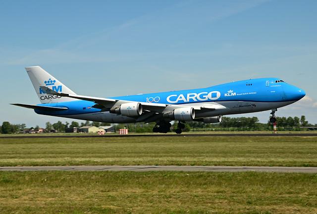 PH-CKC B747-406ERF cn 33696 KLM Cargo (100) 200517 Schiphol 1002