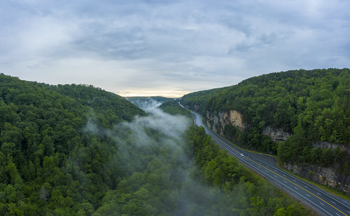 aerial drone dji mavic pro2 sequatchiecounty tennessee tn littlebrushcreekvalley highway111 fog sequatchievalley valley gap gorge sunset highway clouds overcast forest green blue