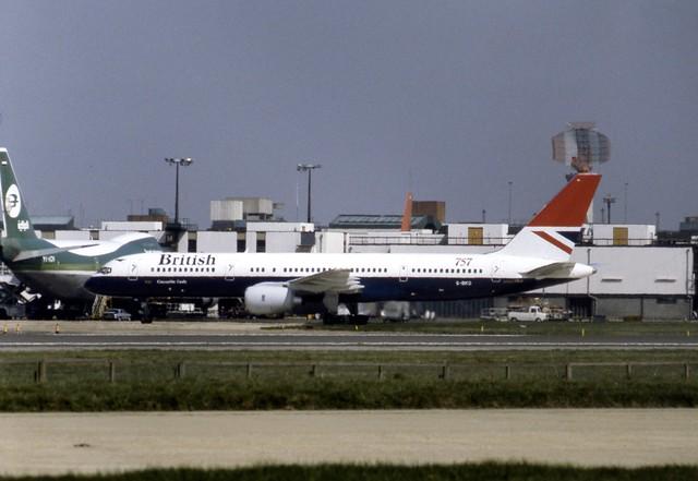 G-BIKD British Airways Boeing 757-236 seen taxiing past Iraqi Boeing 747 YI-AGN at London Heathrow