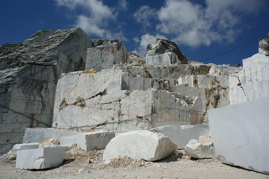 Alpi Apuane scene
