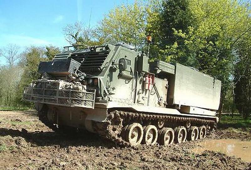 M270 MLRS 1