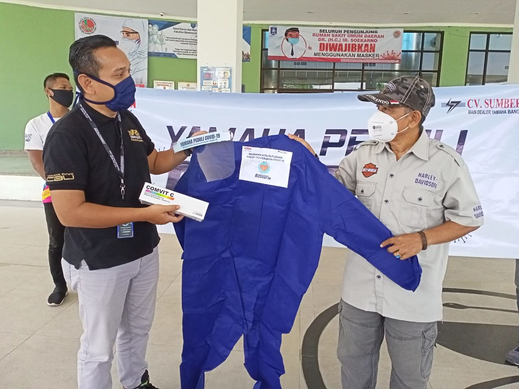 CV Sumber Jadi, main dealer resmi Yamaha Bangka Belitung memberikan bantuan penanggulangan corona (4)