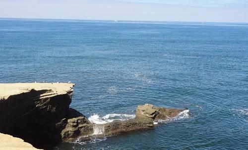 california sandiegocounty pacificocean sunsetcliffs cliff rock waves horizon surf ocean