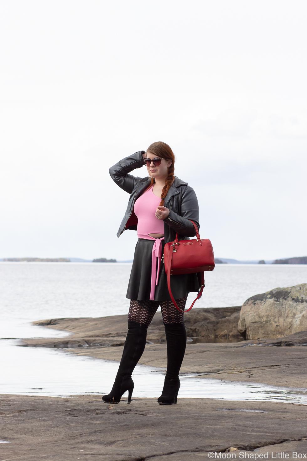 Paalasmaa-asukuvat-vaaleanpunaisella-paidalla-6