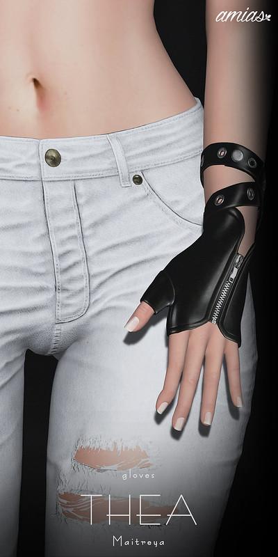 THEA gloves@ Cosmopolitan