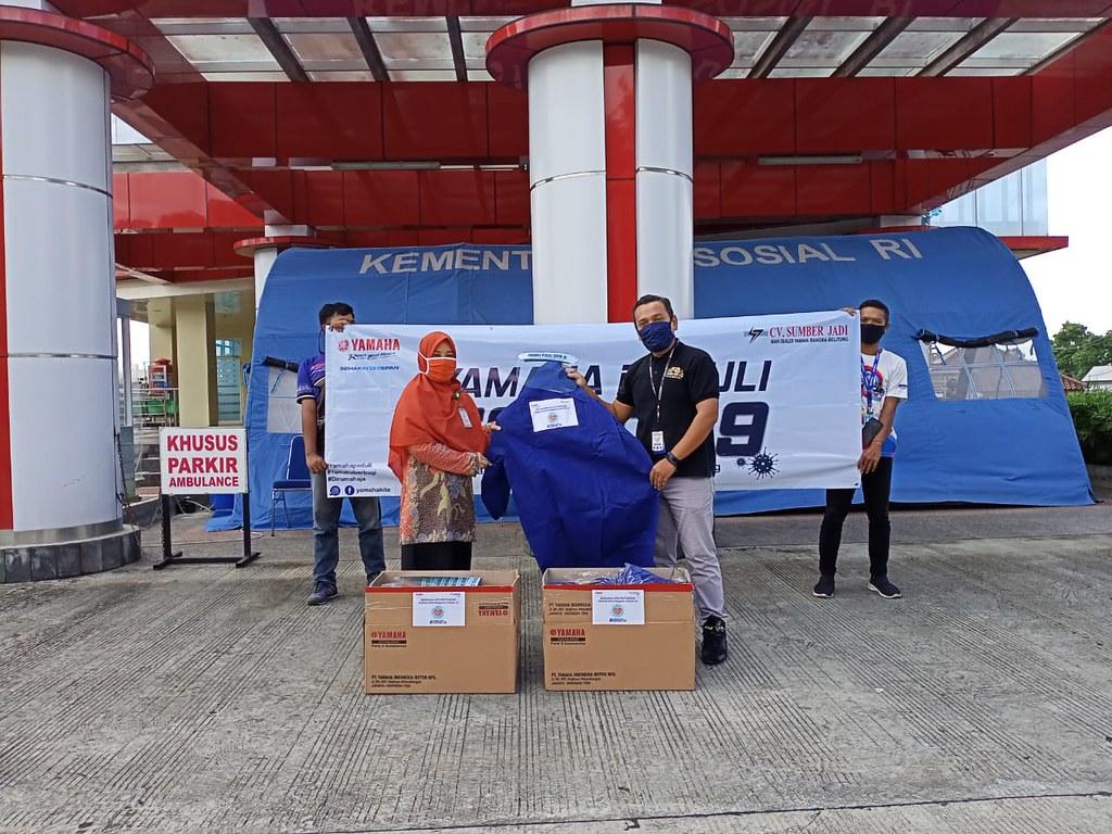 CV Sumber Jadi, main dealer resmi Yamaha Bangka Belitung memberikan bantuan penanggulangan corona (1)