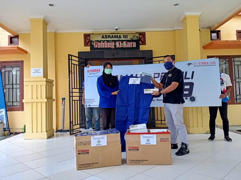 CV Sumber Jadi, main dealer resmi Yamaha Bangka Belitung memberikan bantuan penanggulangan corona (3)