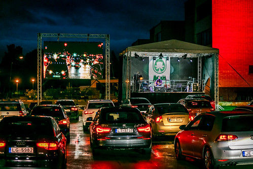 Mārča Auziņa autokoncerts Foto Lauris Vīksne