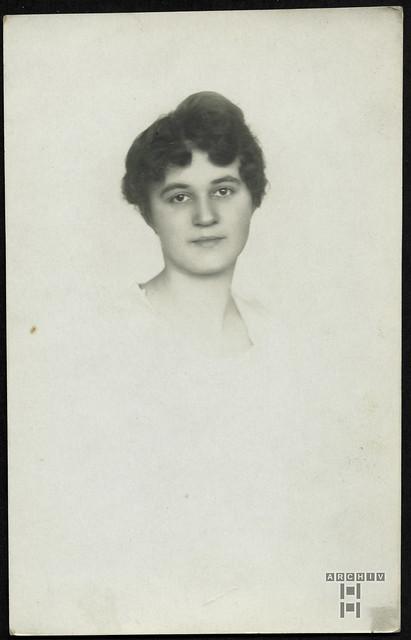 ArchivTappenW887 Porträt, Lona Kormokova, Proßnitz, 20. Oktober 1920