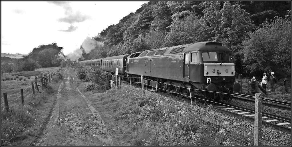 Trailing to shunt by Colin Partington