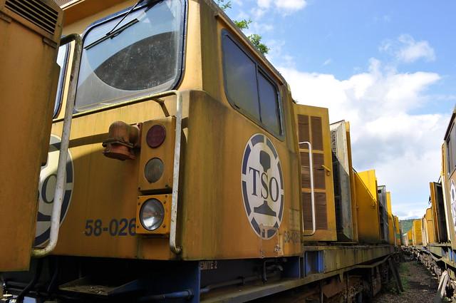 58026 at Alizay Depot on 19 08 2014