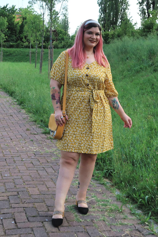 outfit curvy plus size giallo borsa carlottinalab (10)
