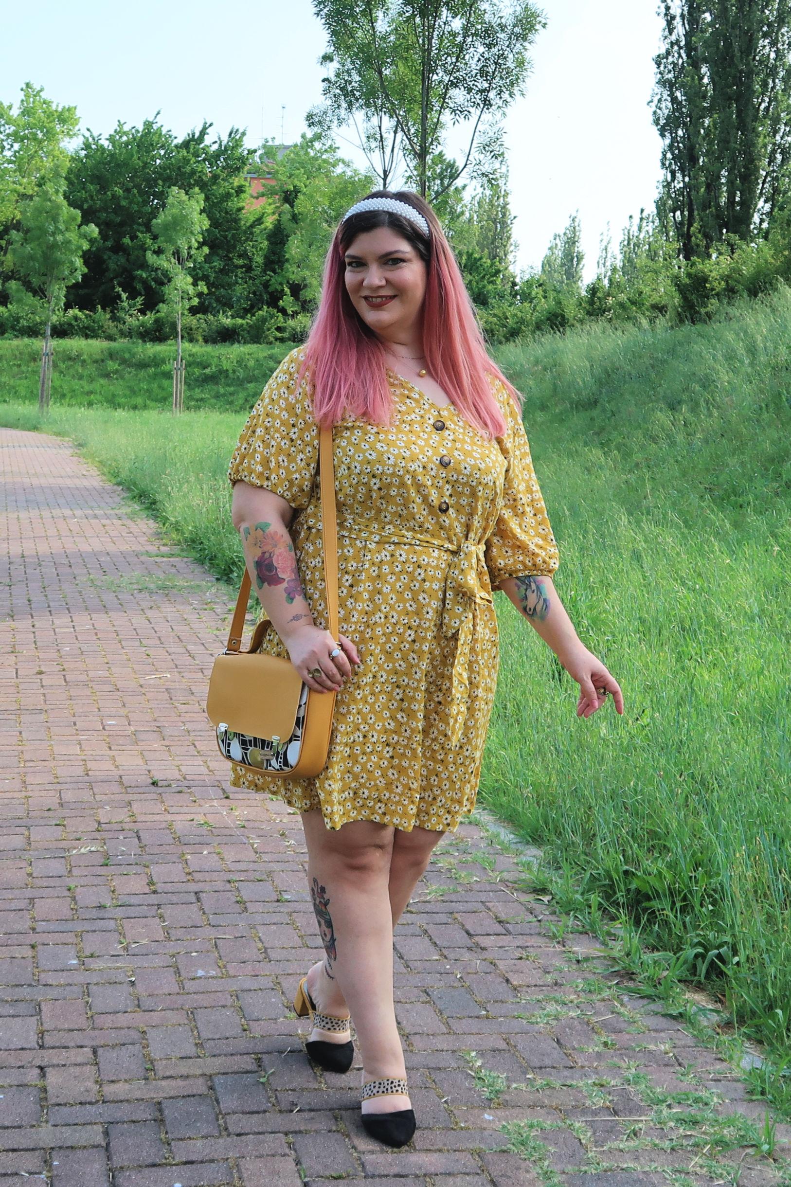 outfit curvy plus size giallo borsa carlottinalab (6)