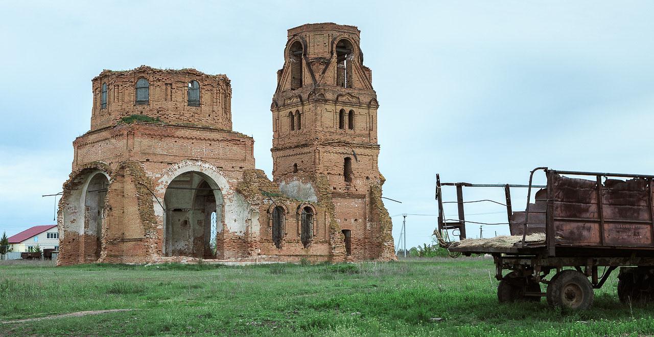 Самарская область: заброшенная церковь в Дергачах