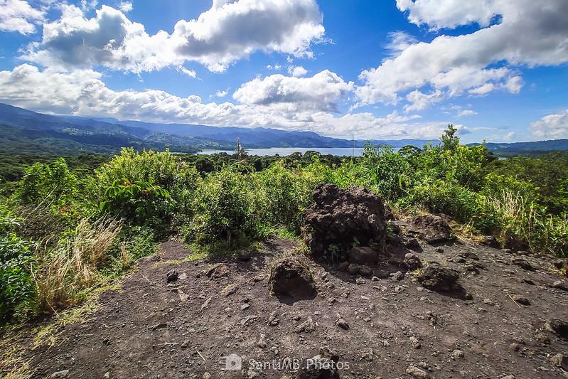 El Lago Arenal desde el Mirador de la Colada del Volcán Arenal