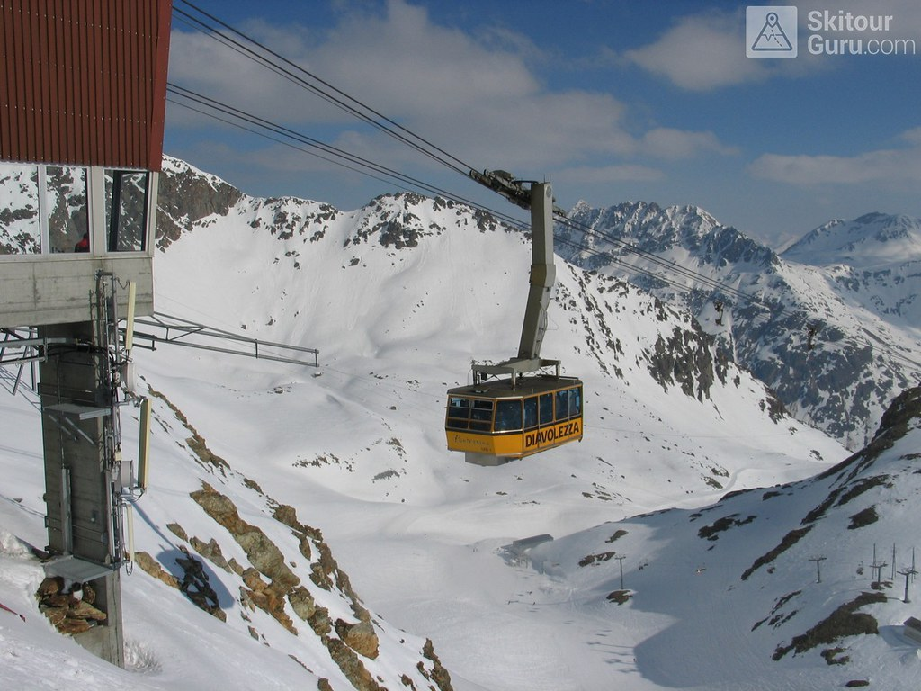 Diavolezza Berghaus Bernina Switzerland photo 07