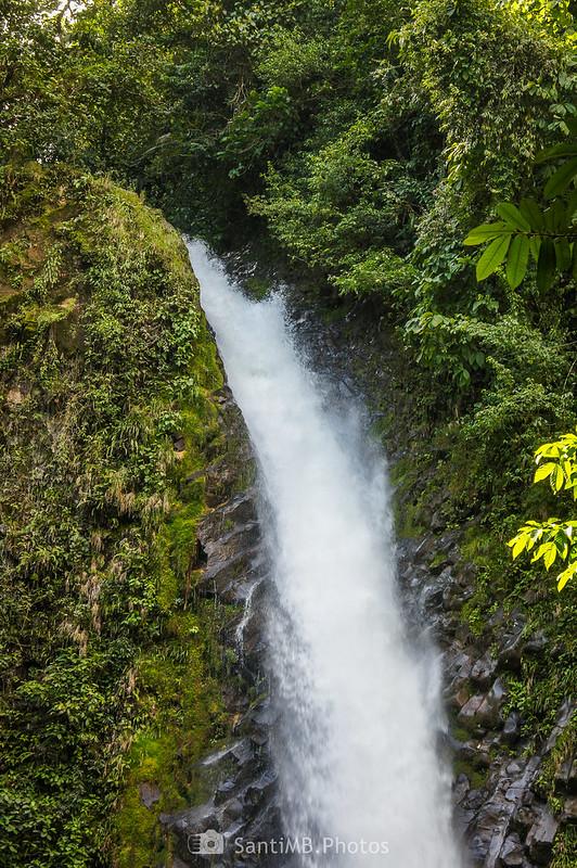 Detalle de la Catarata Río Fortuna