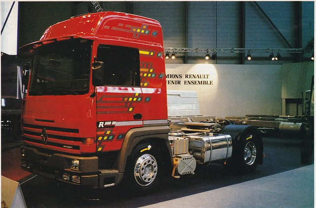 Postcard Renault R380-19T Turboliner Collection Camions-Magazine 1990a
