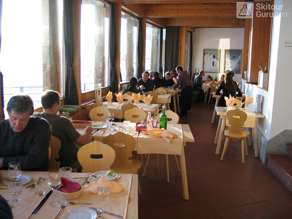 Diavolezza Berghaus Bernina Switzerland photo 05