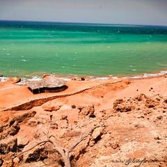 Un lieu incontournable dans le nord !!.Ras Bir. Obock  . . . #travelphotograhy #travel #Djibouti #Weekend #Eastafrica #Africa #Djibstyle_mag #Balade #landscape #Obock #North