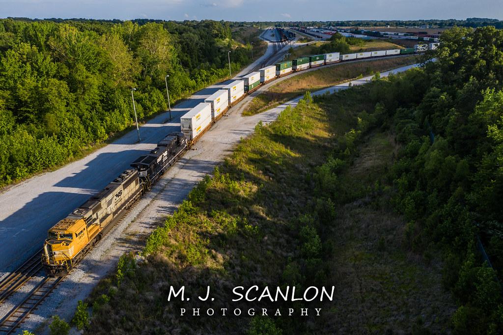 NS 1800 | EMD SD70ACC | NS Rossville Yard