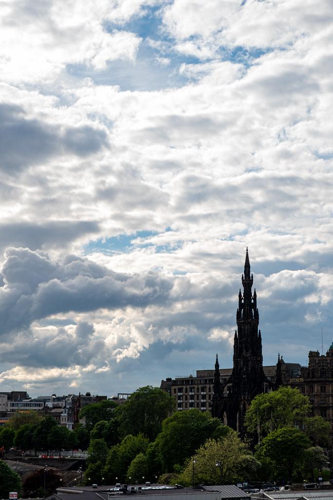 Ecosse jour 1 - Le centre d'Edimbourg et the Scott monument en contre-jour