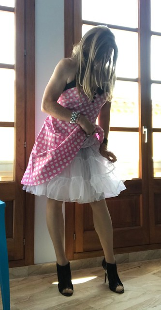 Petticoat adjustment