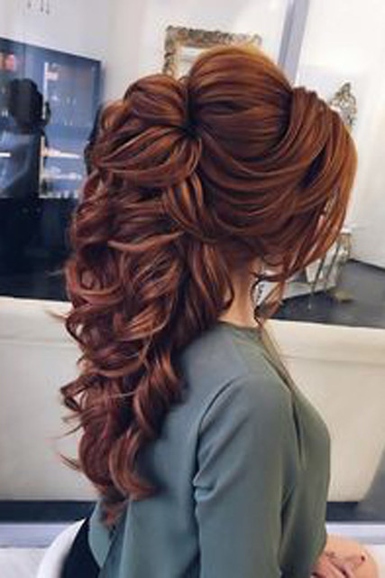 Get New Look Gorgeous New Hairstyle for Women