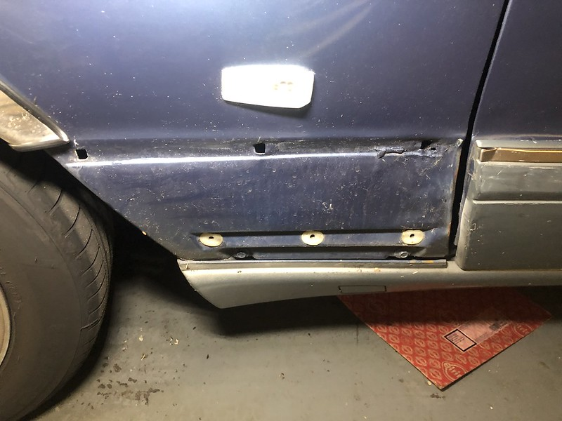 W126 damaged area