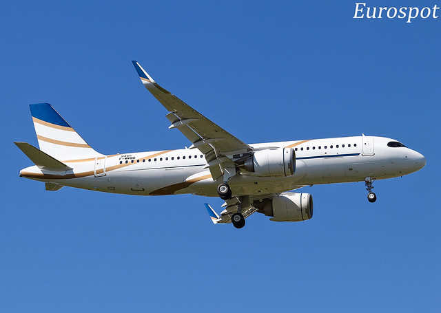 F-WWBD Airbus A320 Neo Air Luther / Comlux