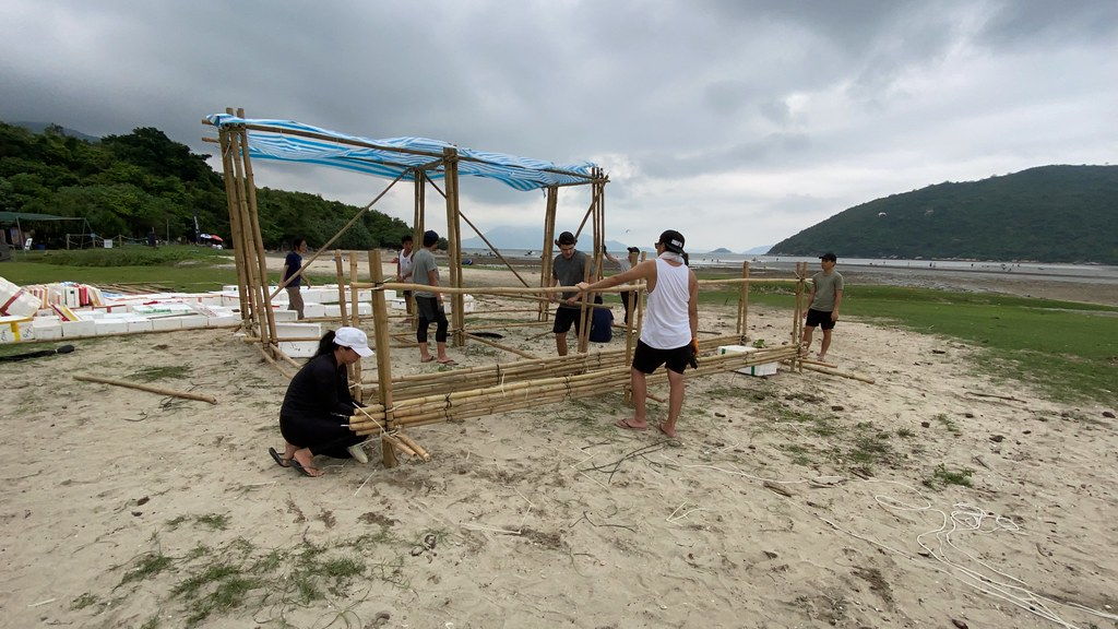 Floating Marine Laboratory, construction day 1