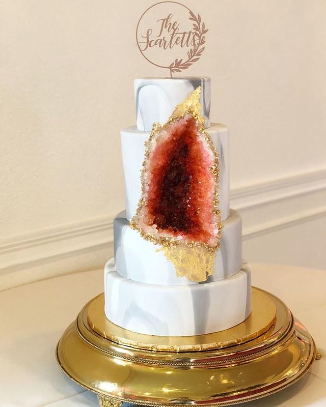 Cake by 2 Tarts Bakery