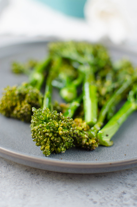 Roasted Broccolini - simple roasted broccolini is the perfect side dish! Just broccolini, olive oil, salt, and pepper.