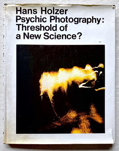 Hans Holzer - Psychic Photography (1970)