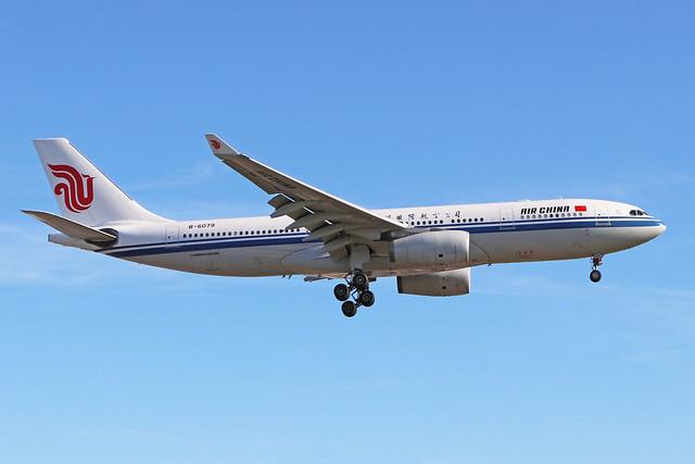 B-6079  -  Airbus A330-243  -  Air China  -  LHR/EGLL 20-5-20