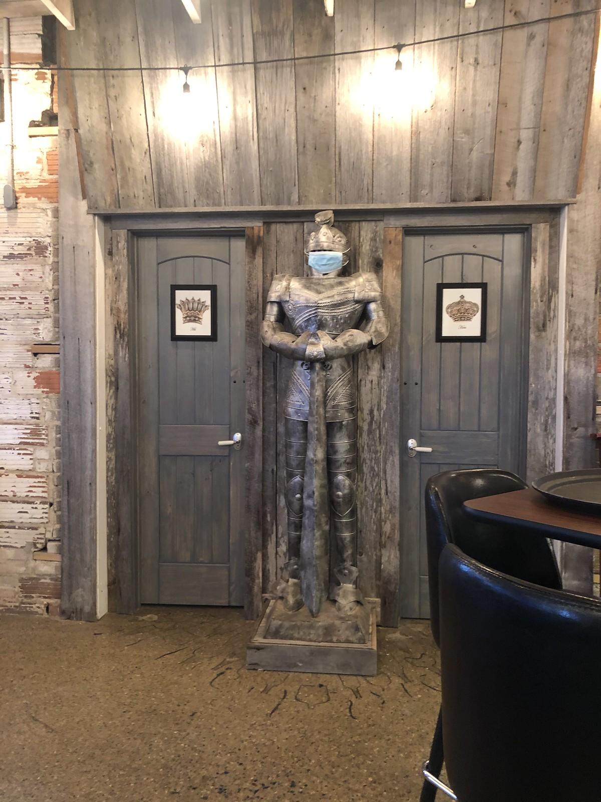 Venetian Pub