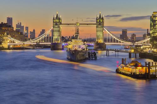 towerbridge london uk hmsbelfast sunrise thames andreapucci